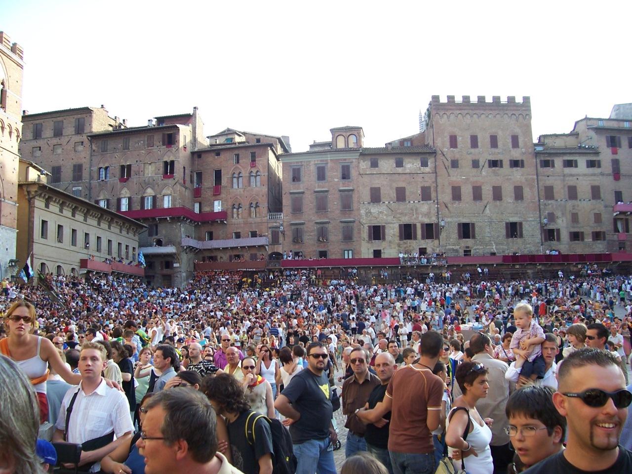 Piazza del Campo full